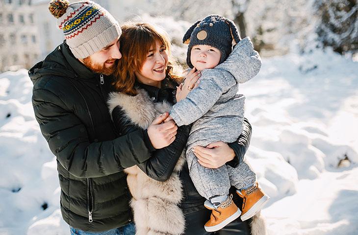 Счастливая семья воспользовавшаяся субсидией